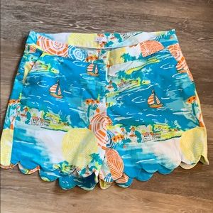 Crown & Ivy curvy scalloped shorts!  Size 18W